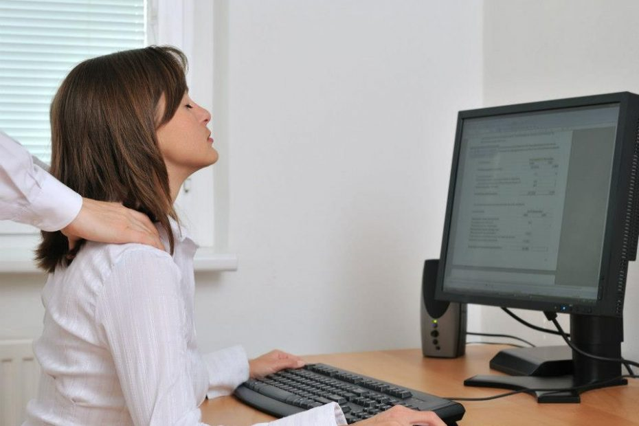Chiropractic can help with text neck and its symptoms